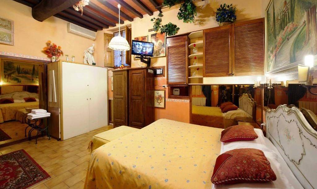 Soggiorno La Pergola Florence - Campo Di Marte - Rates from €104